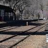 春を待つ駅の風景