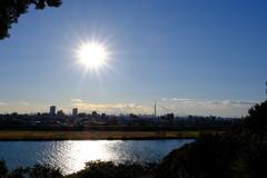 江戸川とスカイツリーに富士山を添えて