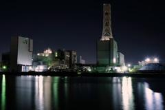 夜中のJR東日本川崎火力発電所