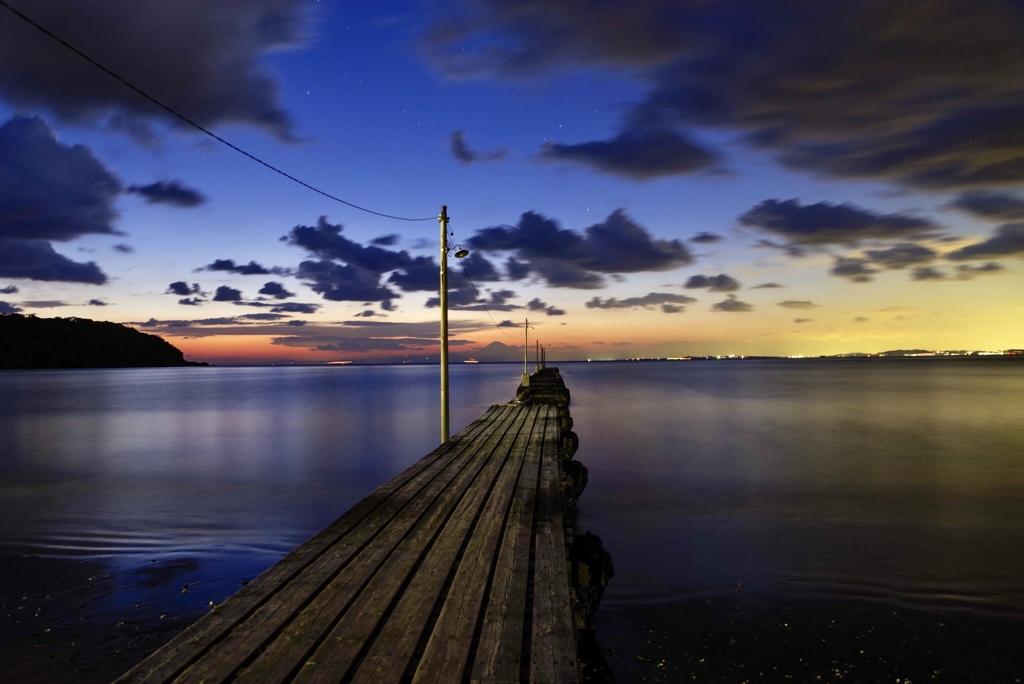 桟橋から富士を望む