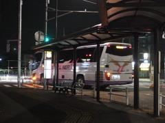 高尾駅一番バス(到着だけど)その2