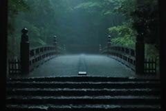 降りしきる雨の伊勢神宮 九