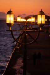 照らす街灯