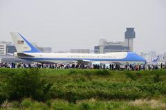 対岸からの伊丹空港