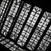 一社駅の天井