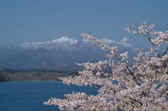 蔵王連峰と釜房湖