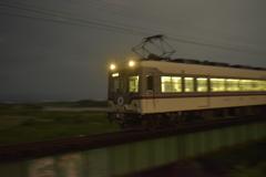 夜のダイコン列車の快走〜