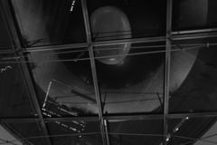 六本木にて、夜の天井