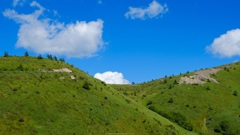 山荘と入道雲