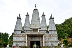 Wat Tham Khao Rup Chang 1