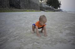 初めての砂浜