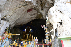 Wat Tham Khao Rup Chang 4