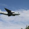 小松にC-2輸送機飛来