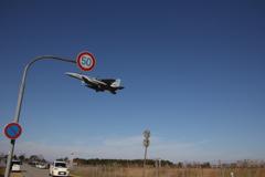 戦闘機のスピード違反