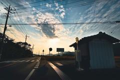 バス停から見る夕焼け