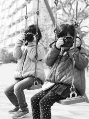 カメラ女子ーズ(モノクロⅡ)
