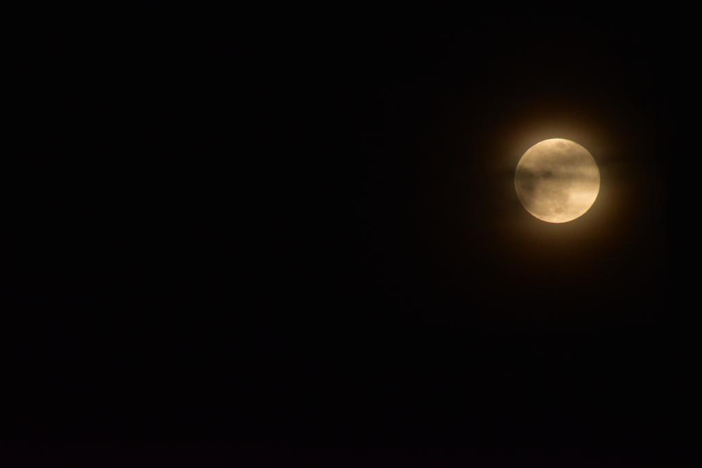 雲とflower moon