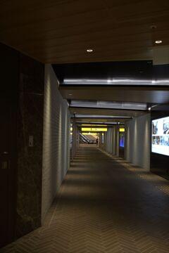 地下道ちょいと横丁 ・・・本通り撮影地点をくるっと右向け右