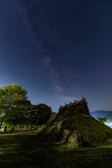 遺跡公園と星。