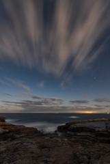雲と岩と海と。②
