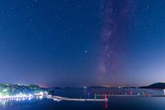 漁港と星。