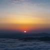 雲海と日の出。