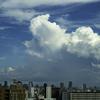 東の空にも積乱雲が。。。