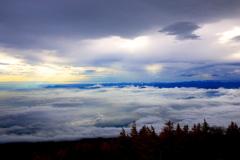 雲海を漂う