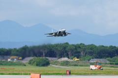 F-15タッチアンドゴー