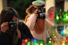 Pretty little photographer