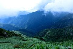 遥かな谷川岳