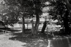 「使われない公園 (monochrome)」 (film)