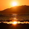 狩尾岬2020 12月-1 海と山の夕陽