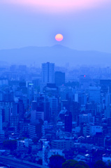 K市2019 4月-4 夕陽と石峰山_
