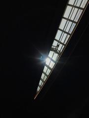 羽田空港 採光設備とキャットウォーク