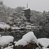 五重の塔と雪景色