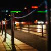 ポール チェーン 夜の道路