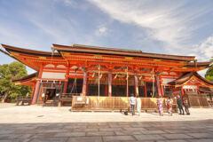 八坂神社の御本殿。