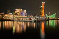 蔵出しの神戸港です。
