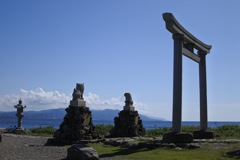 海の上の神社