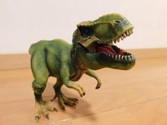 恐竜のおもちゃ-2