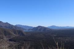 山散歩8  烏帽子岳から。