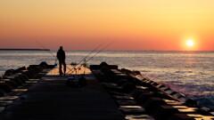 早朝の防波堤