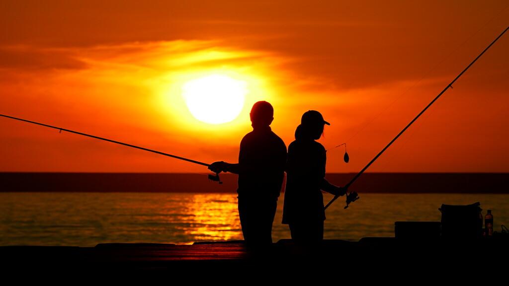 早朝の釣り人2