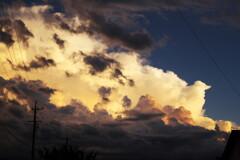 雨上がり夕雲