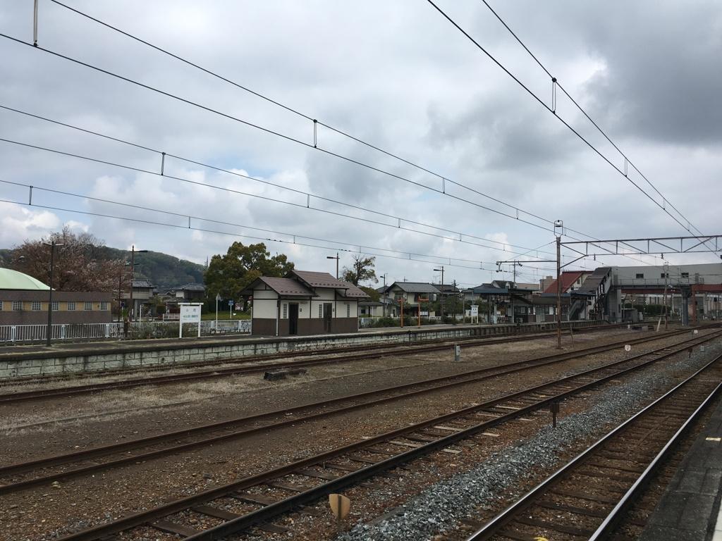 2020/04/12_寄居駅秩父鉄道ホームから八高線ホームを望む