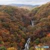 紅葉絢爛 霧降の滝 縦位置