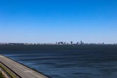 春の快晴 東京湾