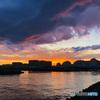 春の嵐の後ジョギング中の5連作 5 浦安境川河口の夕景