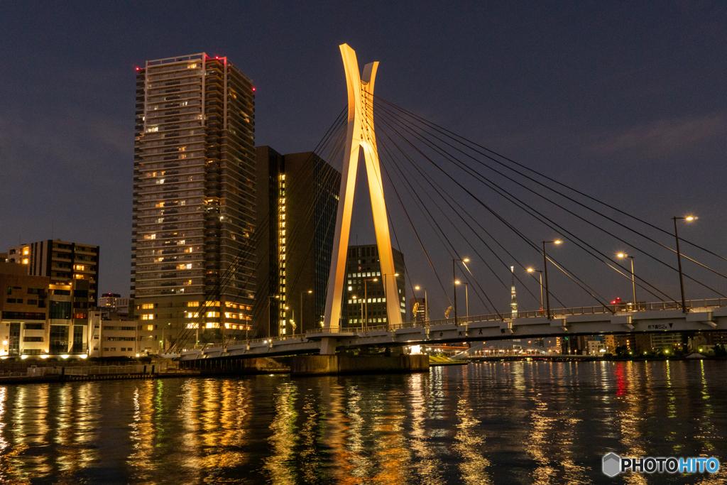 中央大橋 夜景 橙色
